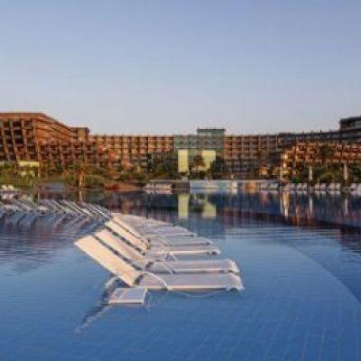 Noah's Ark Deluxe Hotel SPA & Casino